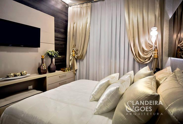 Apartamento Decorado – Itapema/SC: Quartos  por Landeira & Goes Arquitetura,Moderno