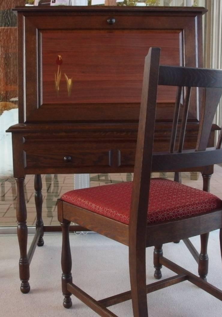 ライティングビューロー~木象嵌入~: 二輪草家具が手掛けた折衷的なです。,オリジナル