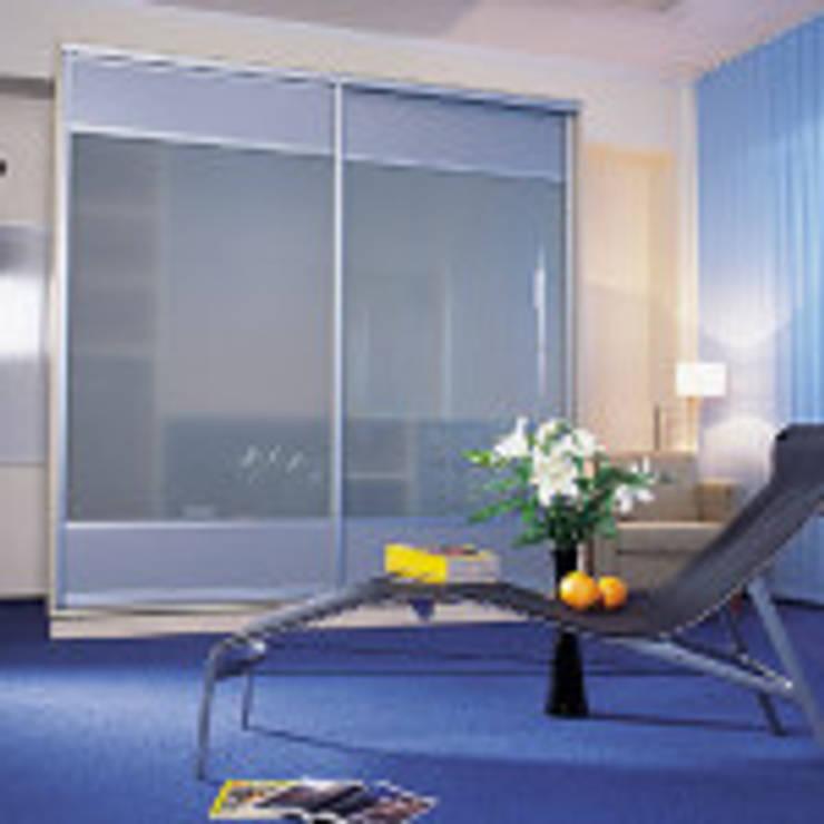 SZAFA: styl , w kategorii Pokój multimedialny zaprojektowany przez POL-BELL