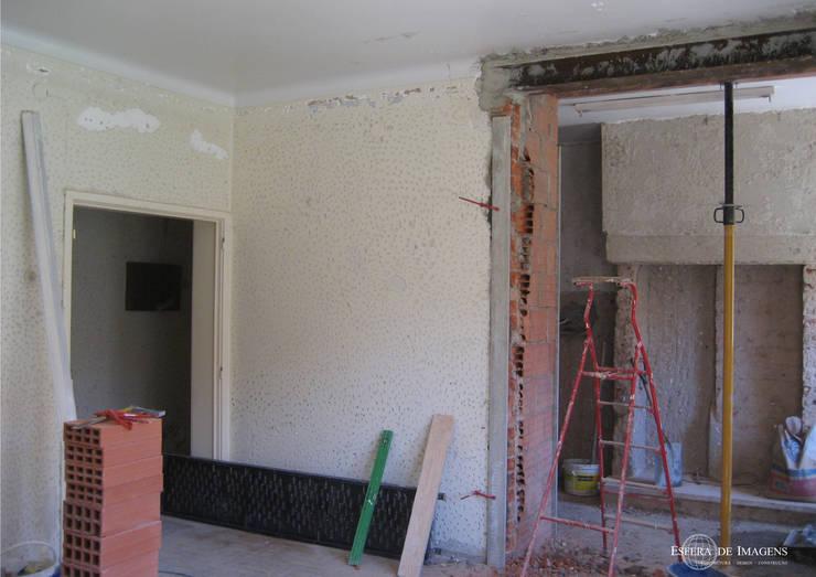 Remodelação de apartamento no Bairro de Alvalade - durante a intervenção:   por Esfera de Imagens Lda