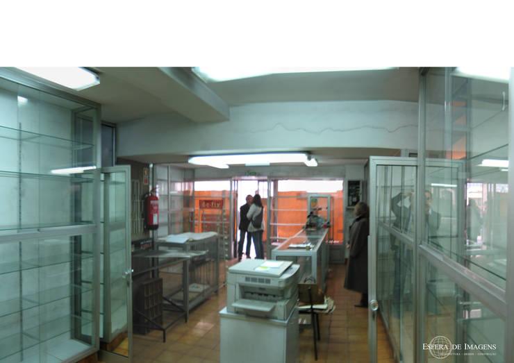 Grão d'Areia - Calçada do Combro, Lisboa: Projecto de arquitectura e execução de obra - antes da intervenção:   por Esfera de Imagens Lda