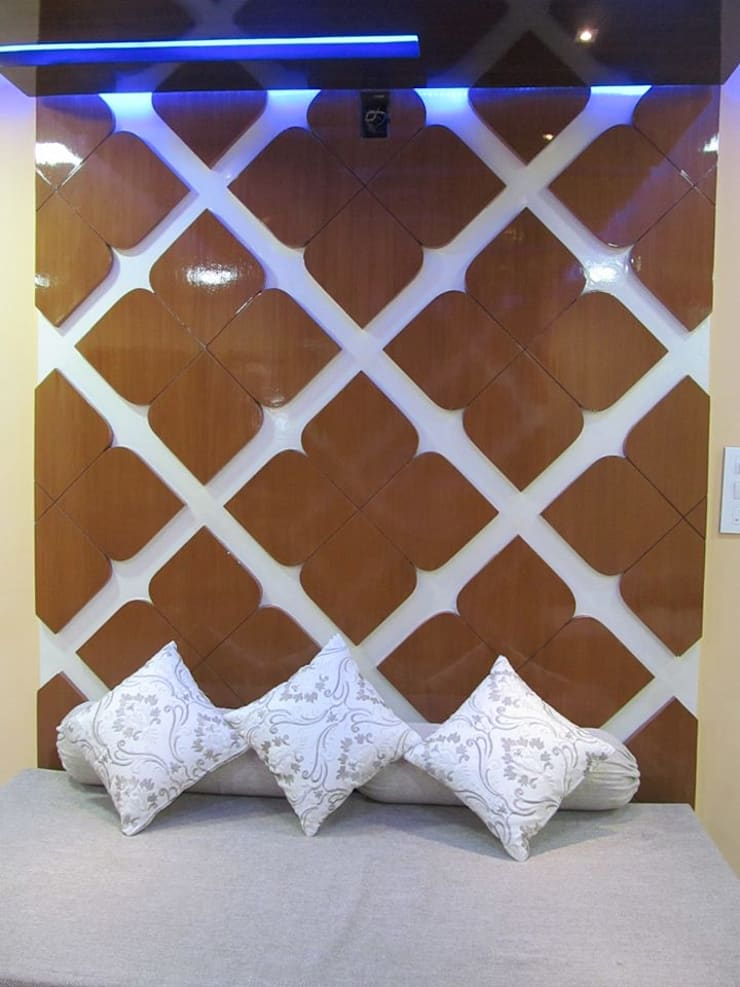 Mr.M Residential Flat:  Living room by DESIGNER GALAXY