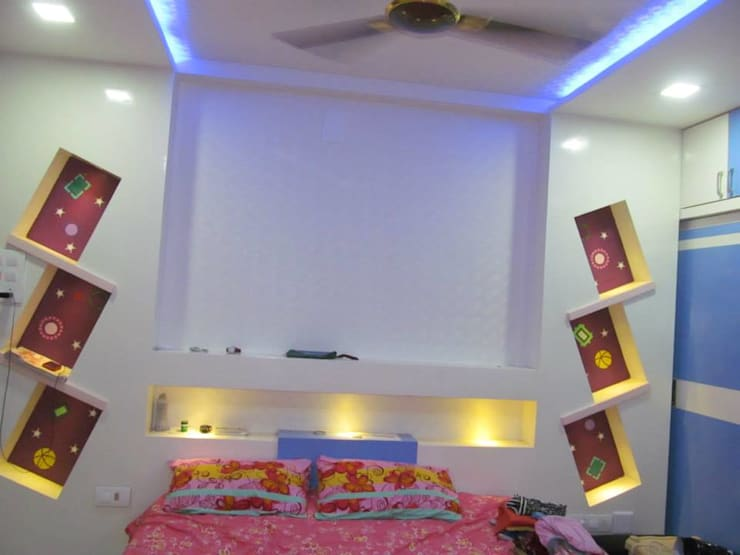 Mr.M Residential Flat:  Bedroom by DESIGNER GALAXY