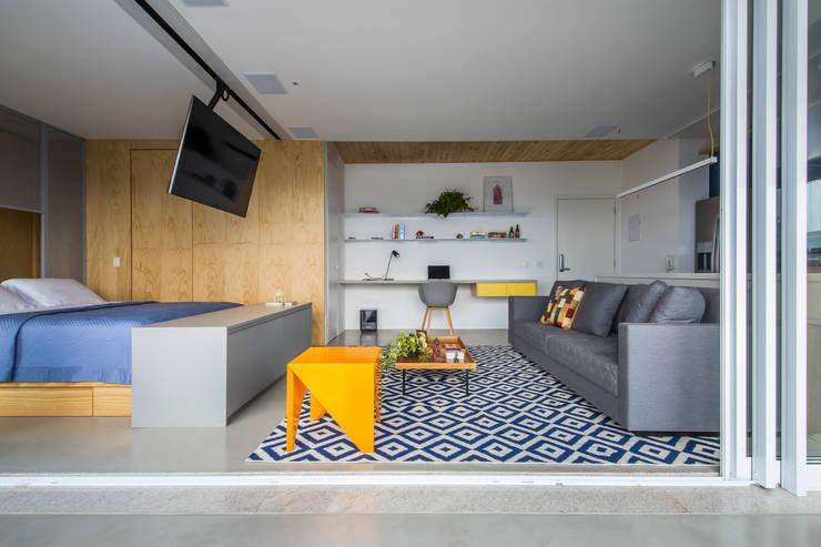 Living room by Casa100 Arquitetura, Modern