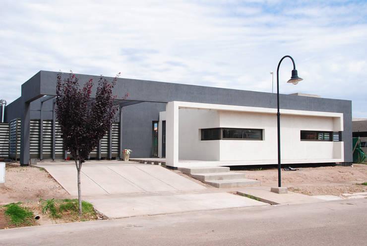 Projekty,  Domy zaprojektowane przez Bonomo&Crespo Arquitectura