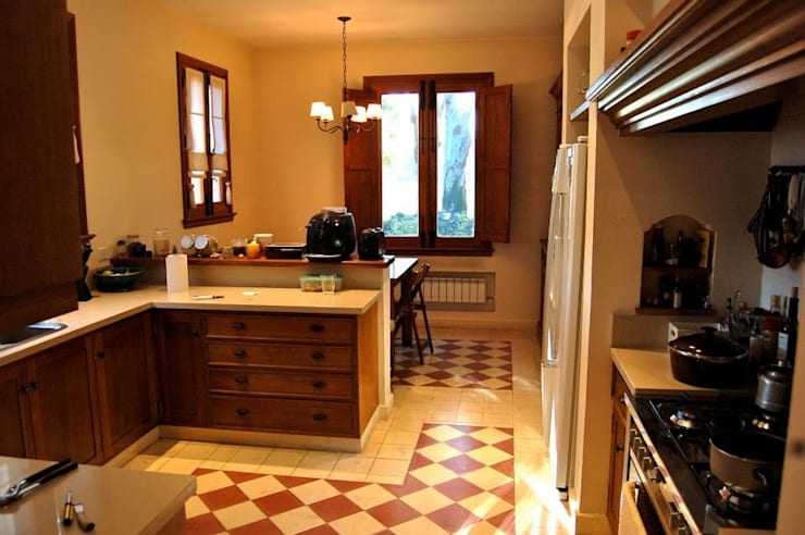 Casa Dodero: Comedores de estilo moderno por Aulet & Yaregui Arquitectos