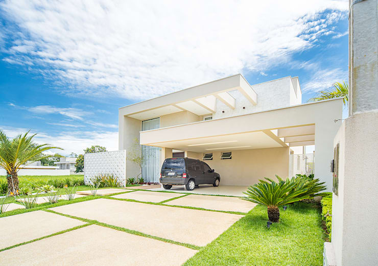 Sobrado Moderno: Casas modernas por Camila Castilho - Arquitetura e Interiores