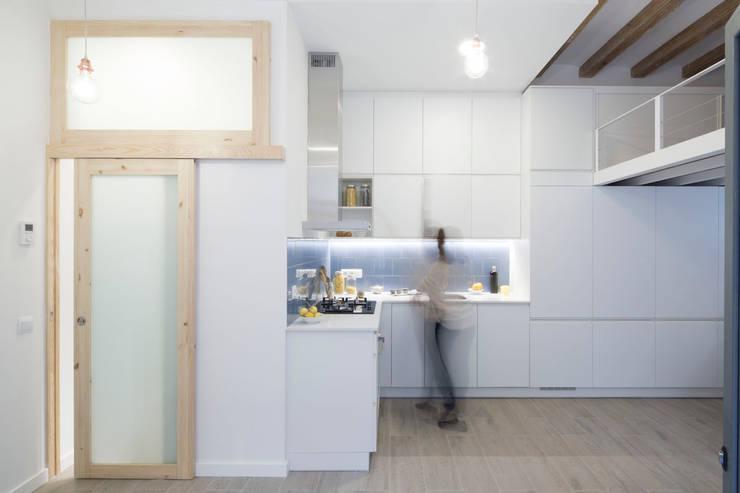 Concina y Almacenaje: Cocinas de estilo minimalista de MMMU Arquitectura i Disseny
