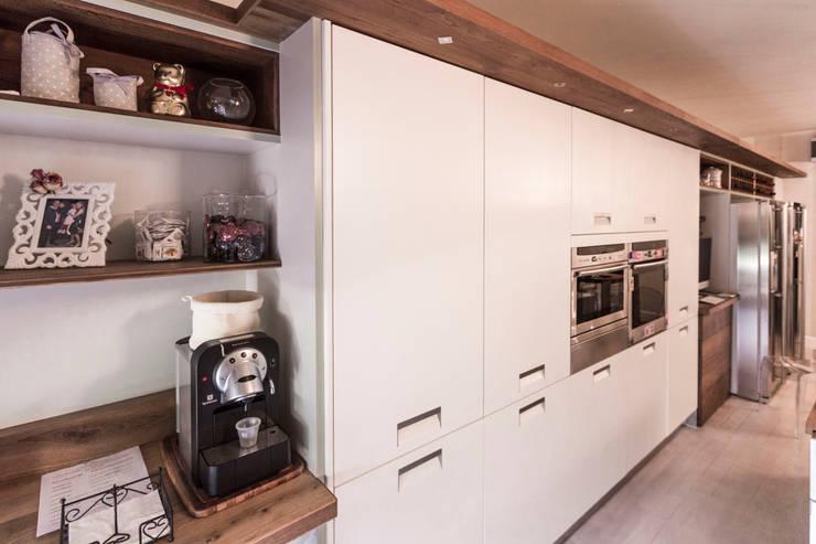 moderne Keuken door Galleria del Vento