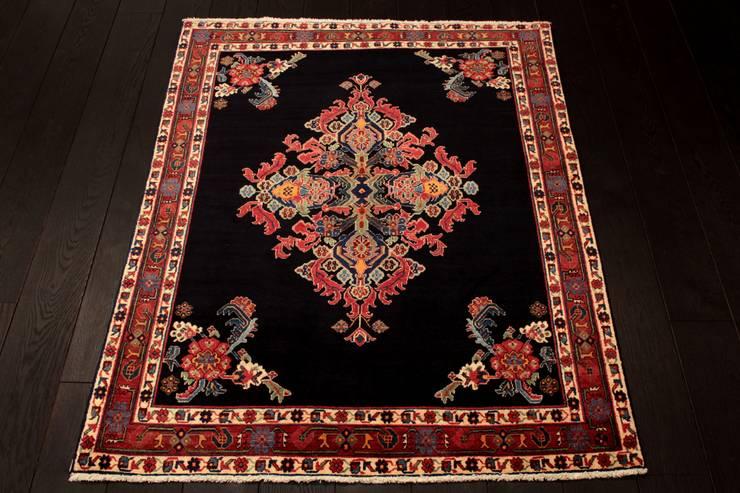 """Dywan irański """"Afszar"""": styl , w kategorii  zaprojektowany przez Sarmatia Trading,Klasyczny Wełna Pomarańczowy"""