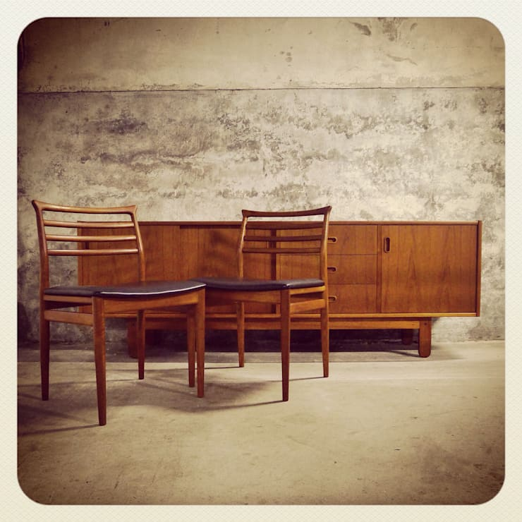 Bramin Teak Sideboard & Erling Torvits | Disponíveis_Available: Sala de estar  por Retro Wood