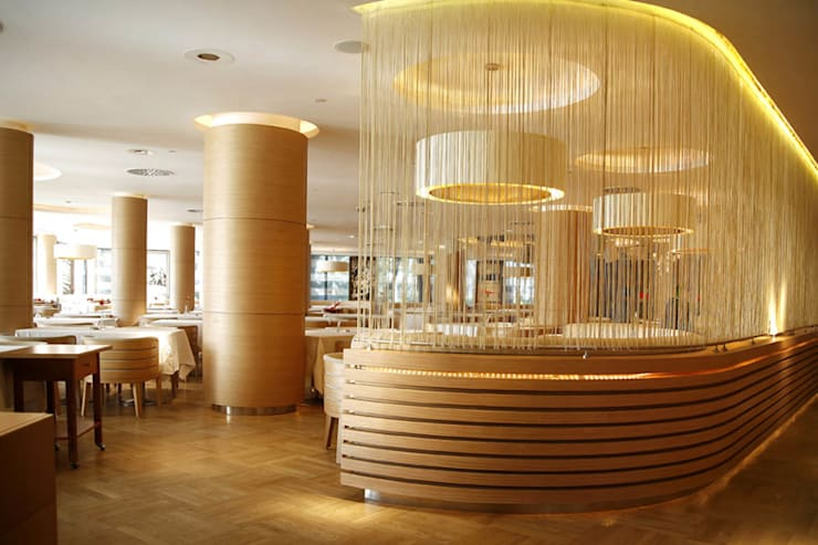 Ekrem Yigit-Işıkizi Görsel iletişim – Büyük Kulup/ Baron Restaurant, CIFTEHAVUZLAR,:  tarz Duvarlar, Modern
