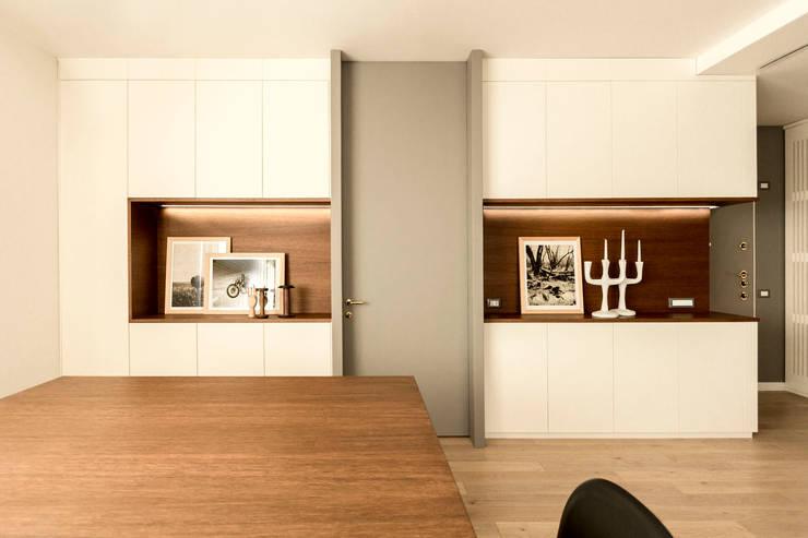 Salas de estar  por Galleria del Vento, Moderno