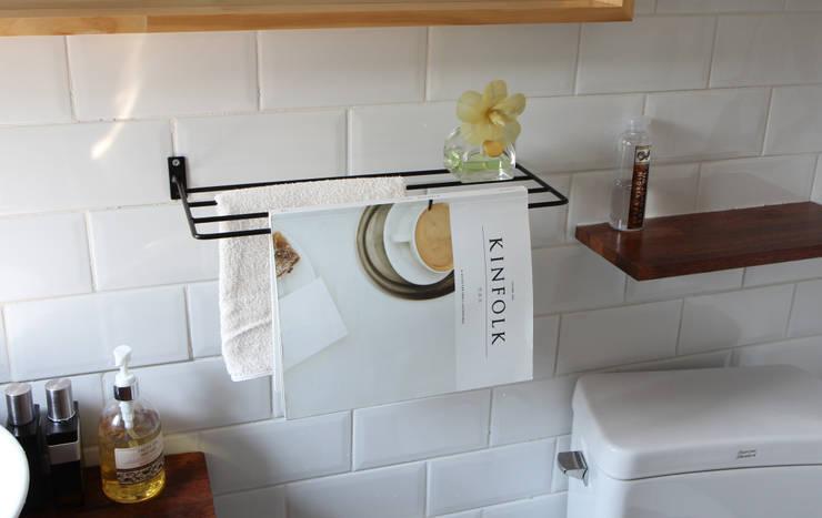스틸행거 4단: 럼버잭의  욕실