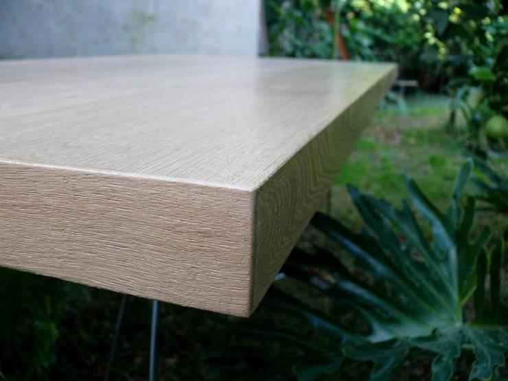 Mesa OAK by ducoinstudio: Jardines de estilo  por Ducoinstudio Diseño de Mobiliario