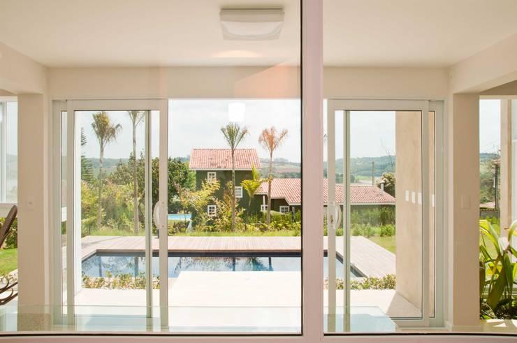 Terraços  por Martins Valente Arquitetura e Interiores