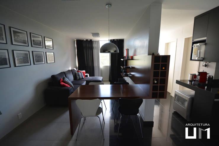 Apartamento DE: Salas de estar  por Arquitetura 1,
