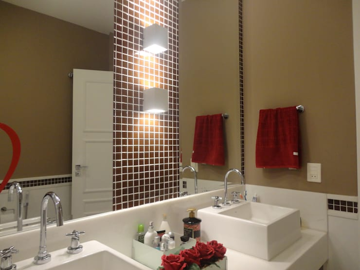Banho suite: Banheiros  por L N arquitetos