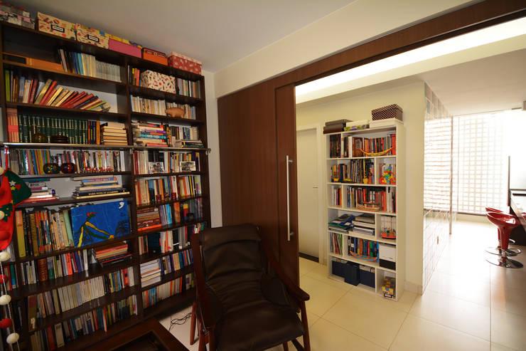 Apartamento EM: Escritórios  por Arquitetura 1