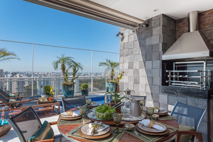 Balcones, porches y terrazas de estilo moderno por Martins Valente Arquitetura e Interiores