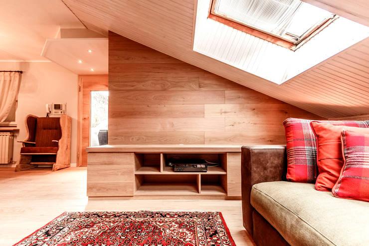 Living room by Galleria del Vento, Rustic