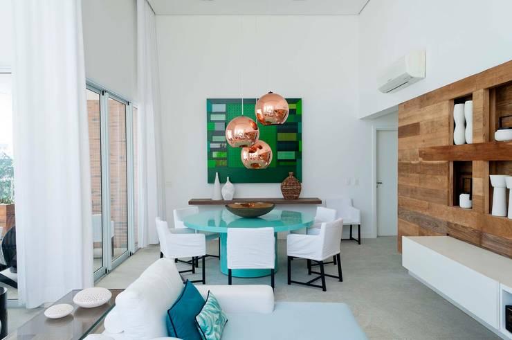 Cobertura Riviera Salas de jantar modernas por Toninho Noronha Arquitetura Moderno