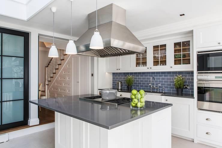 townhouse londres: Cozinhas modernas por Toninho Noronha Arquitetura