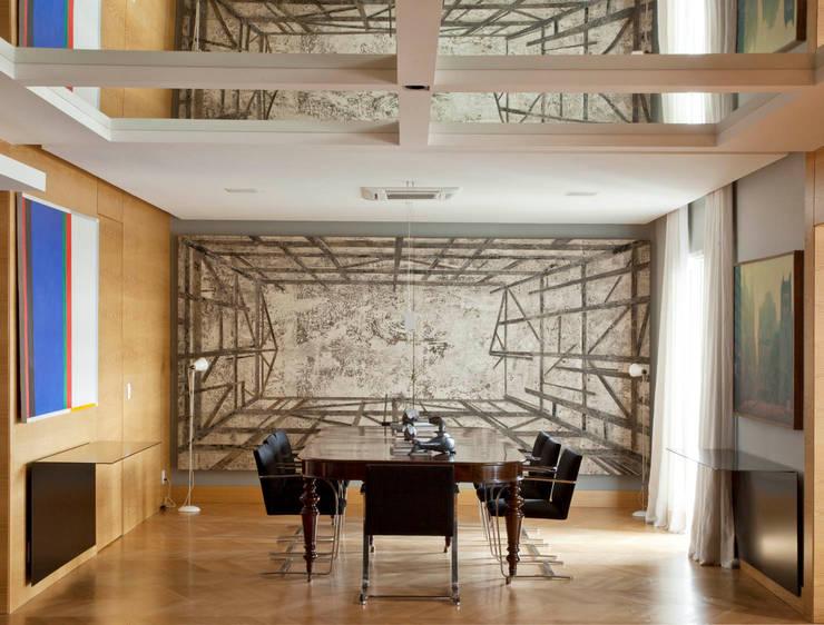 Apartamento Cidade Jardim: Salas de jantar  por Toninho Noronha Arquitetura,Moderno