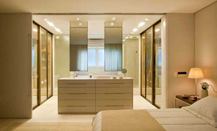 Apartamento Leblon: Quartos  por Toninho Noronha Arquitetura