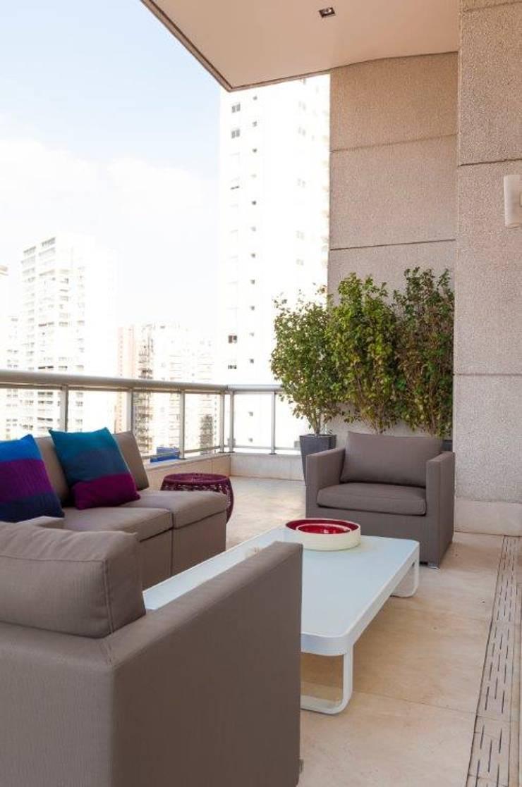 Apartamento VNC 6: Terraços  por Toninho Noronha Arquitetura