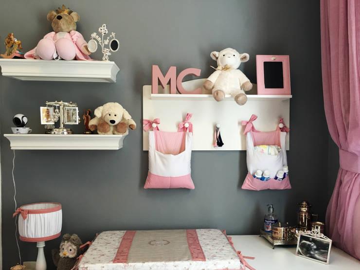 Dormitorios infantiles de estilo  por Paula Werneck Arquitetura