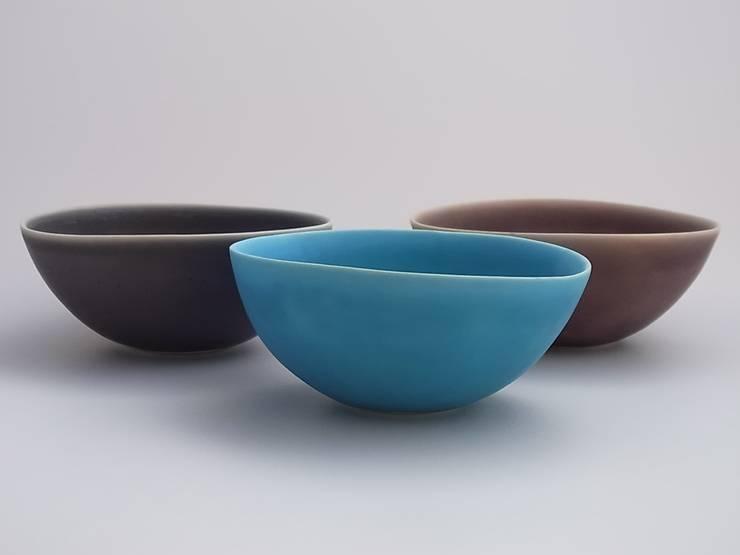 coco#3 turquoise: AYAKO SASAKI porcelainが手掛けた折衷的なです。,オリジナル 磁器