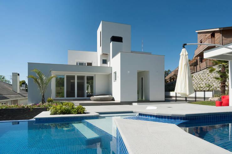 Residencial: Piscinas  por Pinheiro Machado Arquitetura