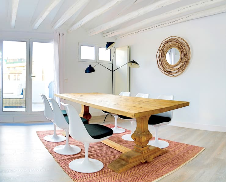 Sala da pranzo in stile in stile Moderno di StudioBMK