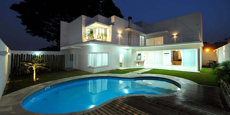 modern Houses by Cabral Arquitetura Ltda.