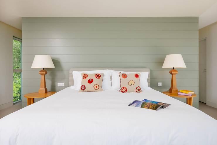Bedroom Спальня в стиле модерн от Perfect Stays Модерн