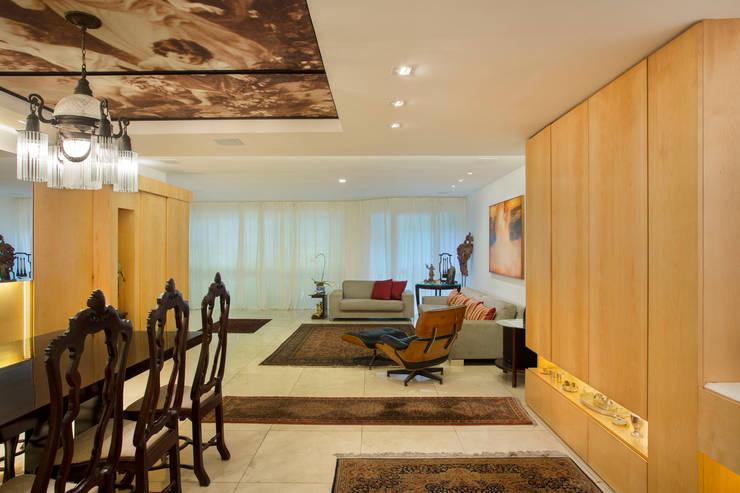 Apartamento Leblon – RJ: Salas de jantar  por DG Arquitetura + Design