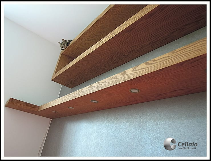 Półki do sypialni: styl , w kategorii Sypialnia zaprojektowany przez Cellaio