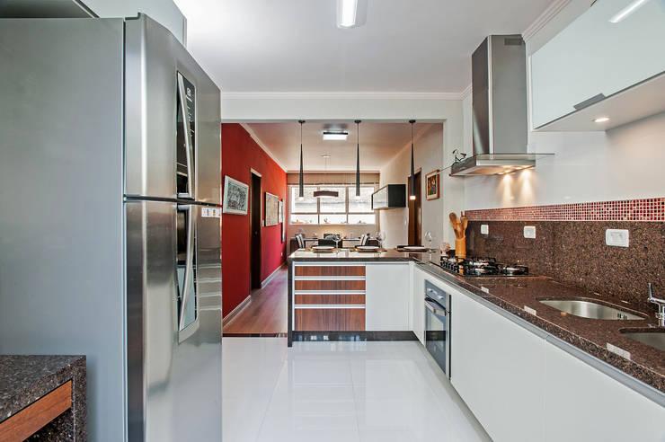 Cozinhas tropicais por Patrícia Azoni Arquitetura + Arte & Design