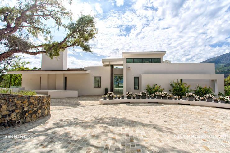 Projekty,  Domy zaprojektowane przez Lis Melgarejo Arquitectura