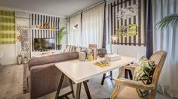 Blanco Interiores - Projecto Habitação: Salas de estar  por Blanco Interiores