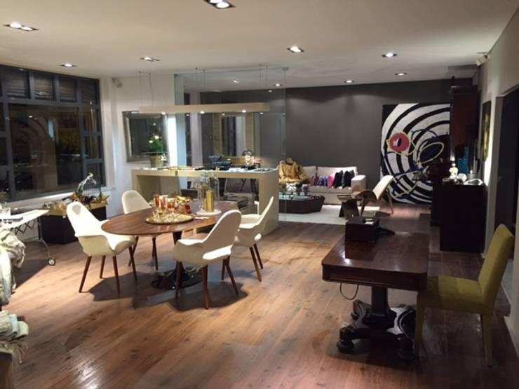 Galerías y espacios comerciales de estilo  por Patine