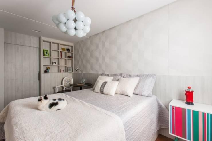 Bedroom by MC3 Arquitetura . Paisagismo . Interiores