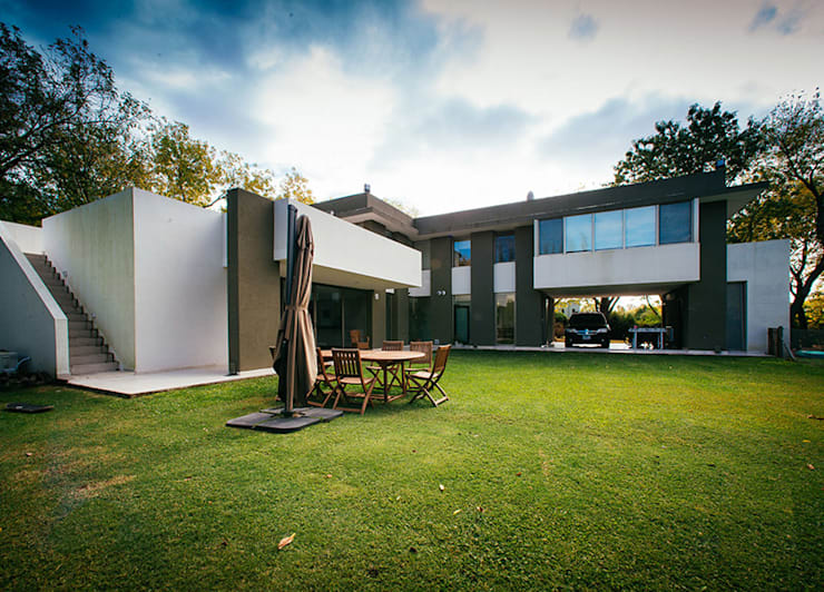 Proyecto: Jardines de estilo  por mercedes klappenbach
