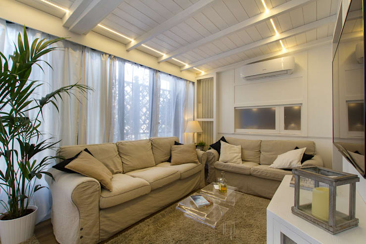 Living room by Fabio Carria , Modern Wood Wood effect