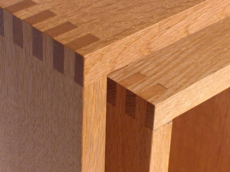 SHOJI – Occasional Table Small: abode Co., Ltd.が手掛けたリビングルームです。