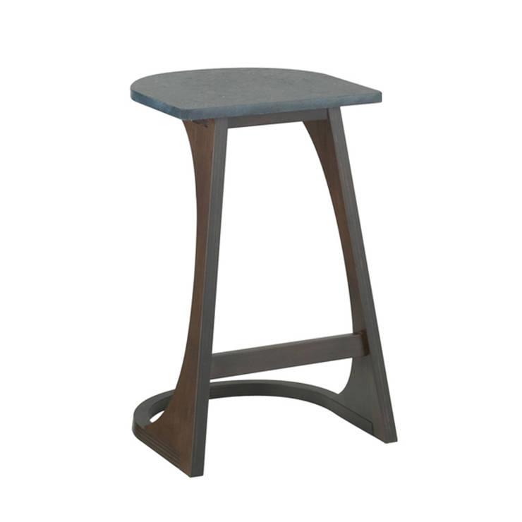 DENIM - Side Table: abode Co., Ltd.が手掛けたリビングルームです。