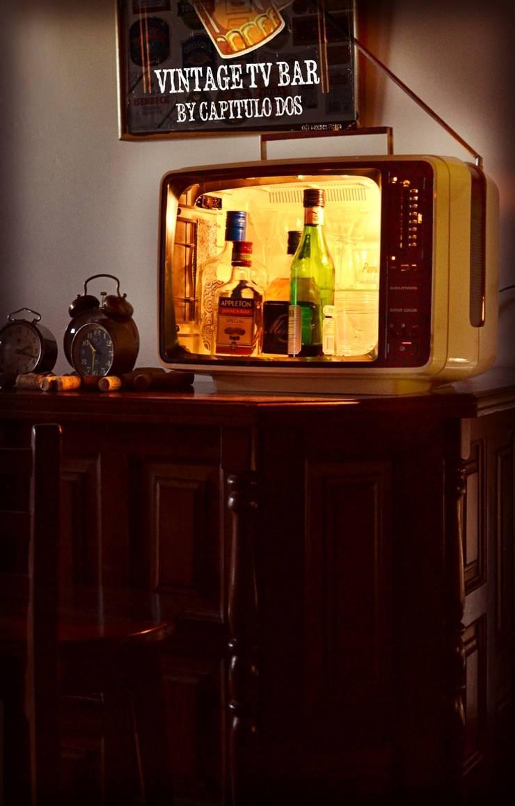 Mueble bar: Comedores de estilo  por Capítulo Dos,