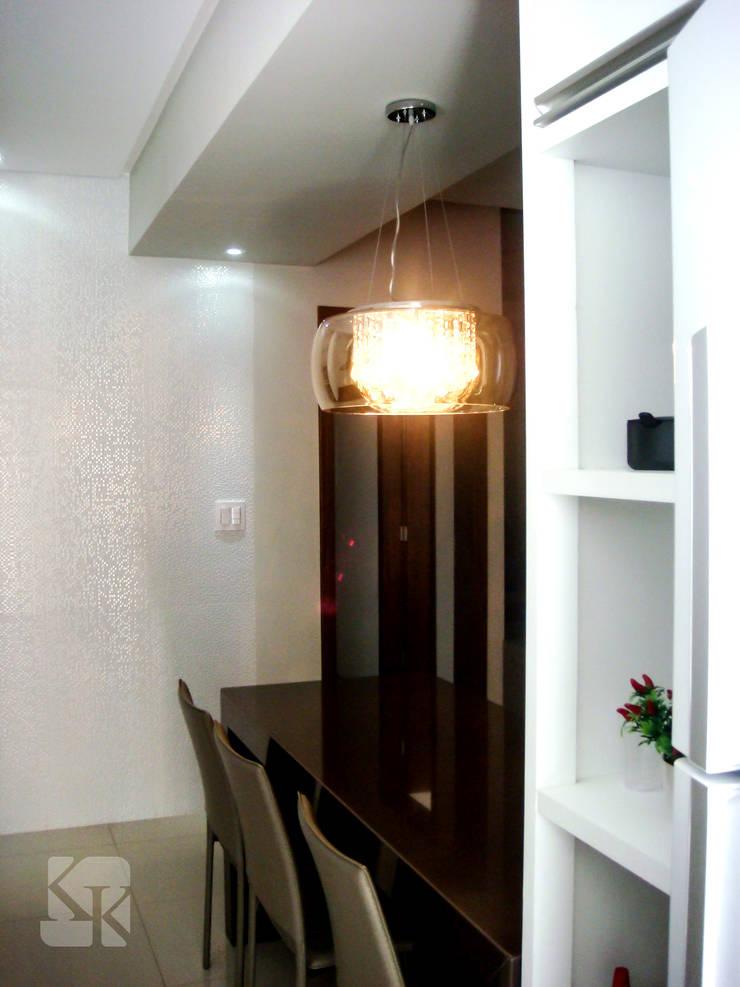 Apartamento Decorado – São José : Cozinha  por Karla Kétbe Arquitetura & Interiores