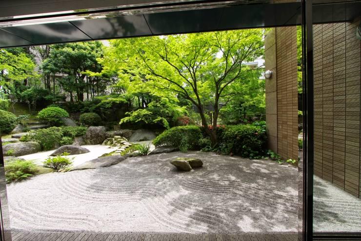 asian Garden by 庭園空間ラボ teienkuukan Labo